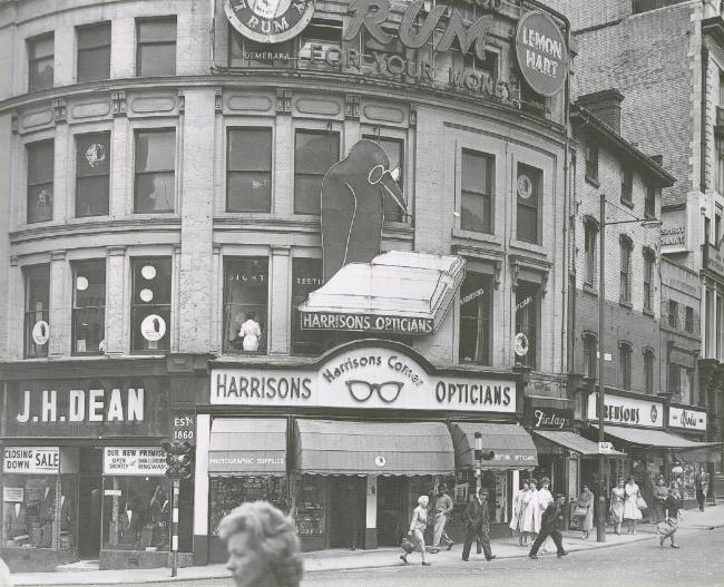 Snow Hill - Steelhouse Lane  corner - Harrisons Opticians 1961 compressed