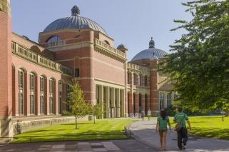 © www.e-architect.co.uk