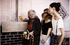 1989 - Ninette de Valois lays the foundation stone of the Company's new building in Birmingham
